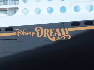 "Die neue ""Disney Dream"" in Papenburg (2010)"